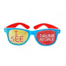 Červeno-modré party okuliare s nápisom
